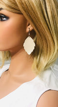 Load image into Gallery viewer, Champagne Leather Earrings - E19-1162
