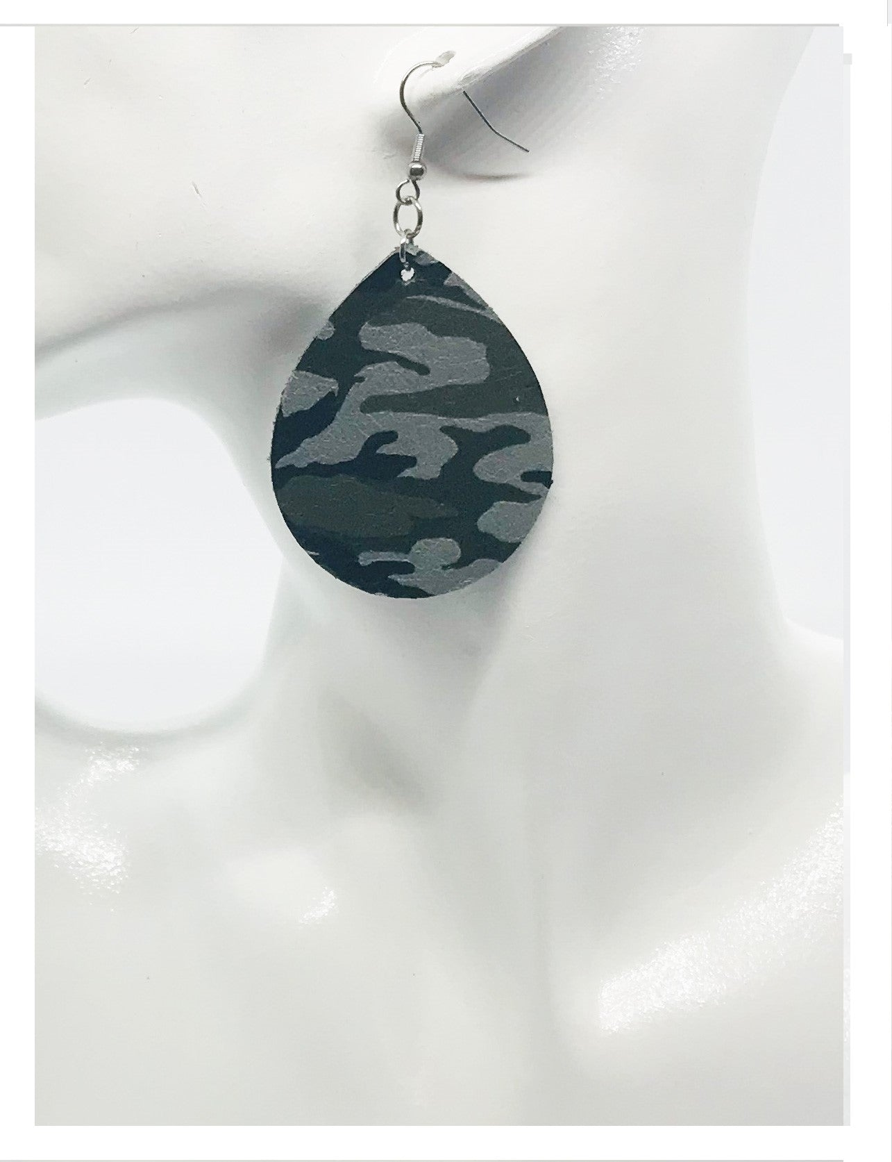 Jungle Gray Mini Camo Pattern Leather Earrings - E19-047