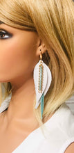 Load image into Gallery viewer, Genuine Leather Feather Earrings - E19-529