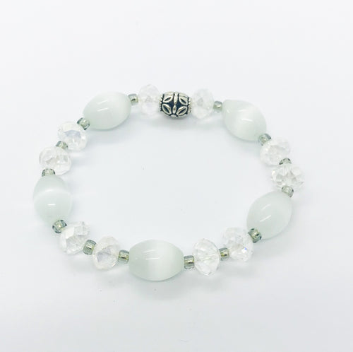 Glass Bead Bracelet - B660