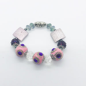 Big & Bold Collection Glass Bead Stretchy Bracelet - B724
