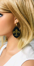 Load image into Gallery viewer, Black and Gold Fleur De Lis Leather Earrings - E19-765