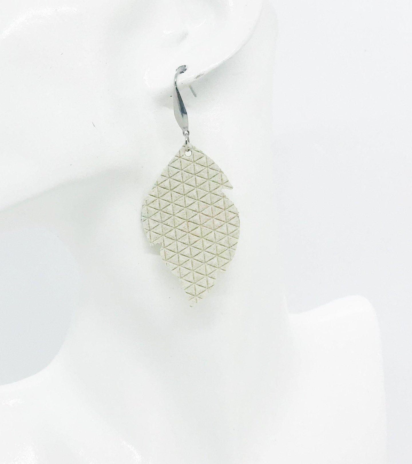 Cream Italian Leather Earrings - E19-1105