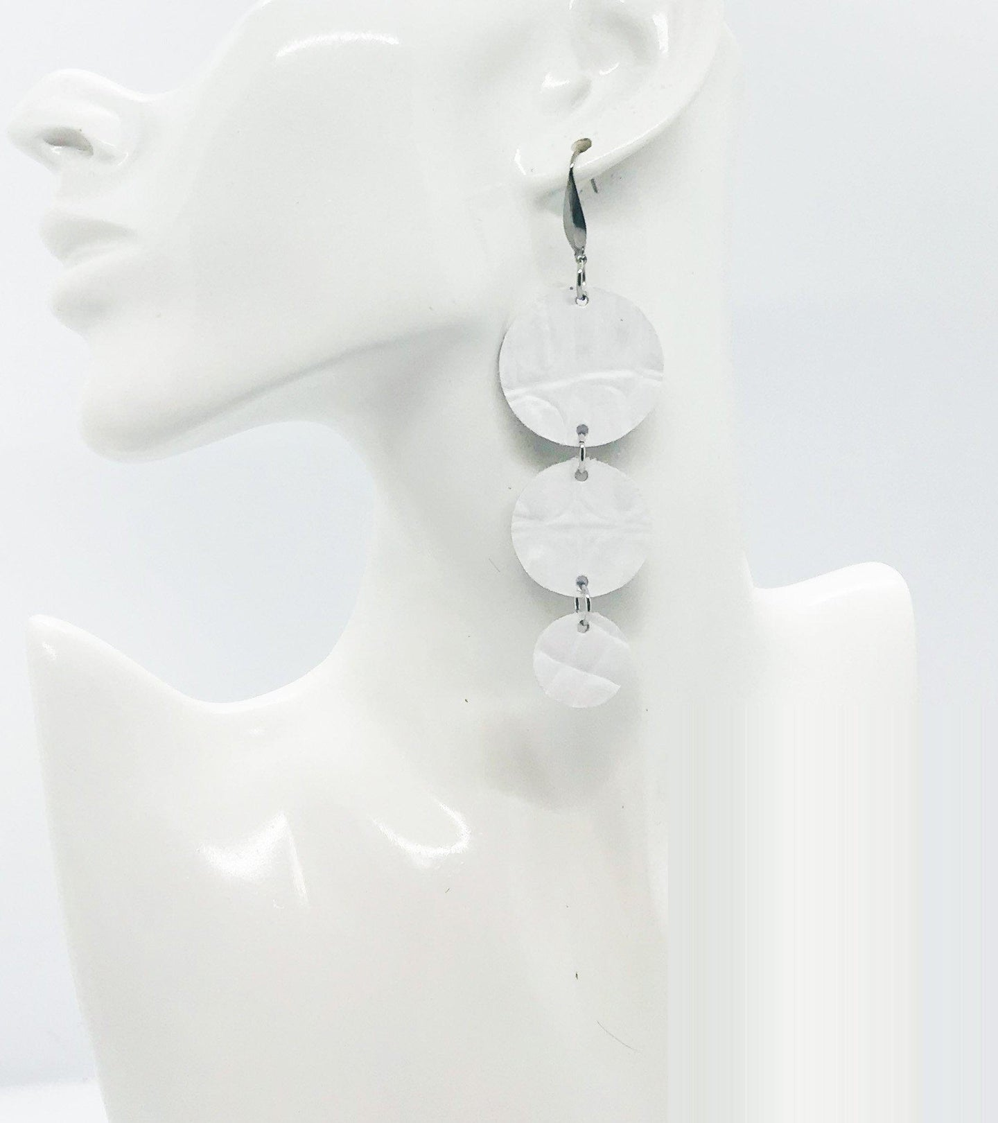 White Embossed Alligator Leather Earrings - E19-1422