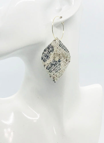 White Snake Skin Leather Hoop Earrings - E19-2116