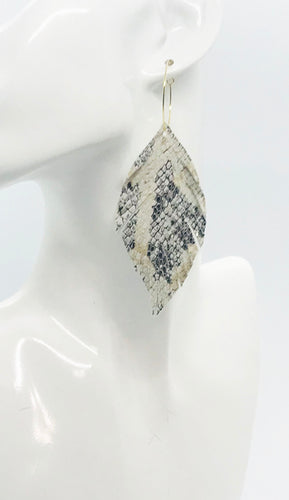 White Snake Skin Fringe Leather Hoop Earrings - E19-2128