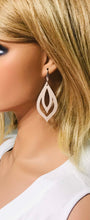 Load image into Gallery viewer, Leather Earrings - E742