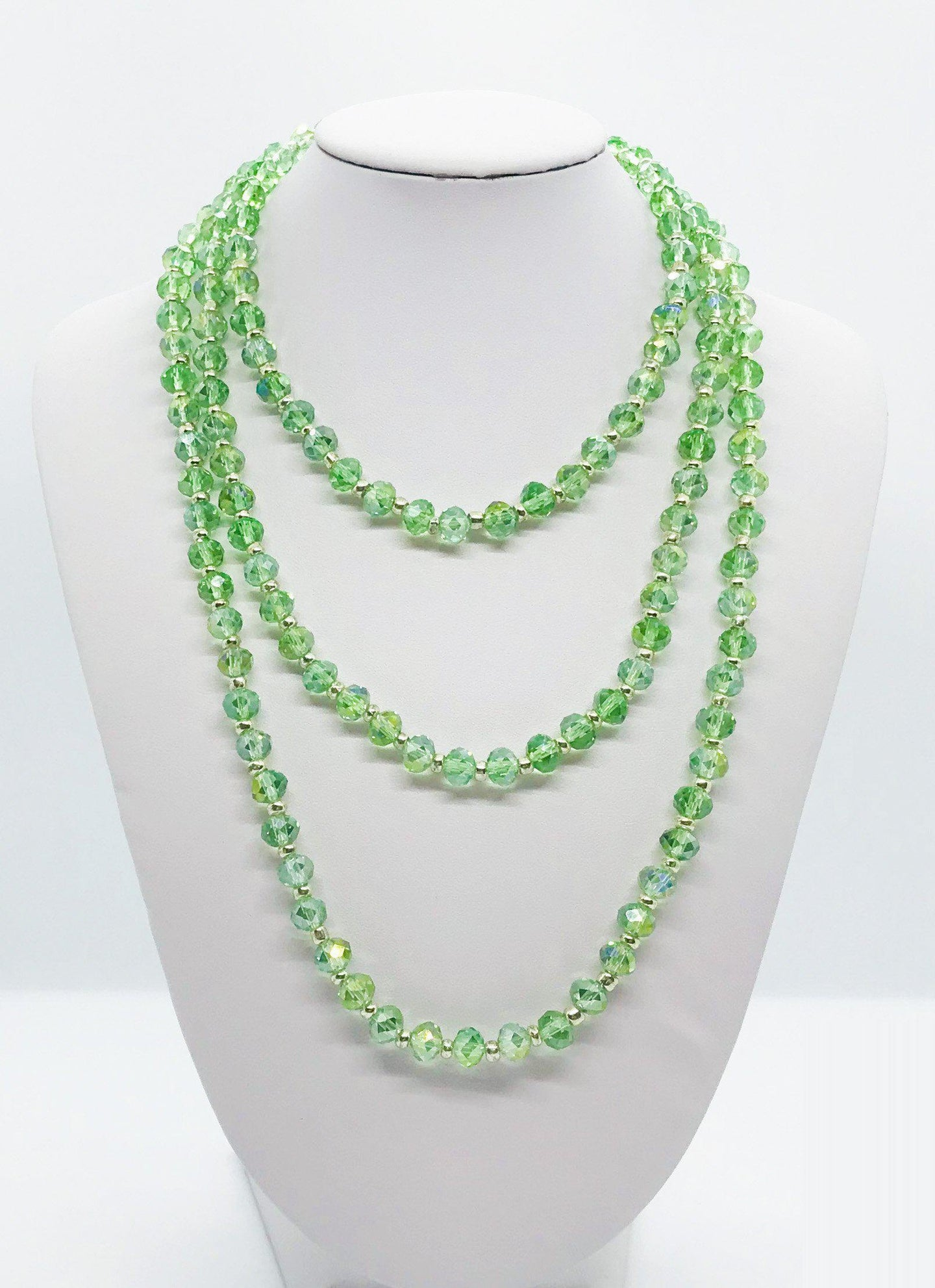Light Green and Silver Glass Bead Necklace - N129