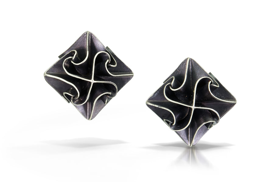 stardust post earrings - black