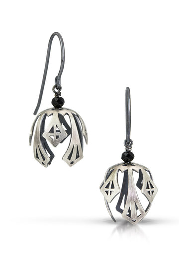 pod drop earrings - deco