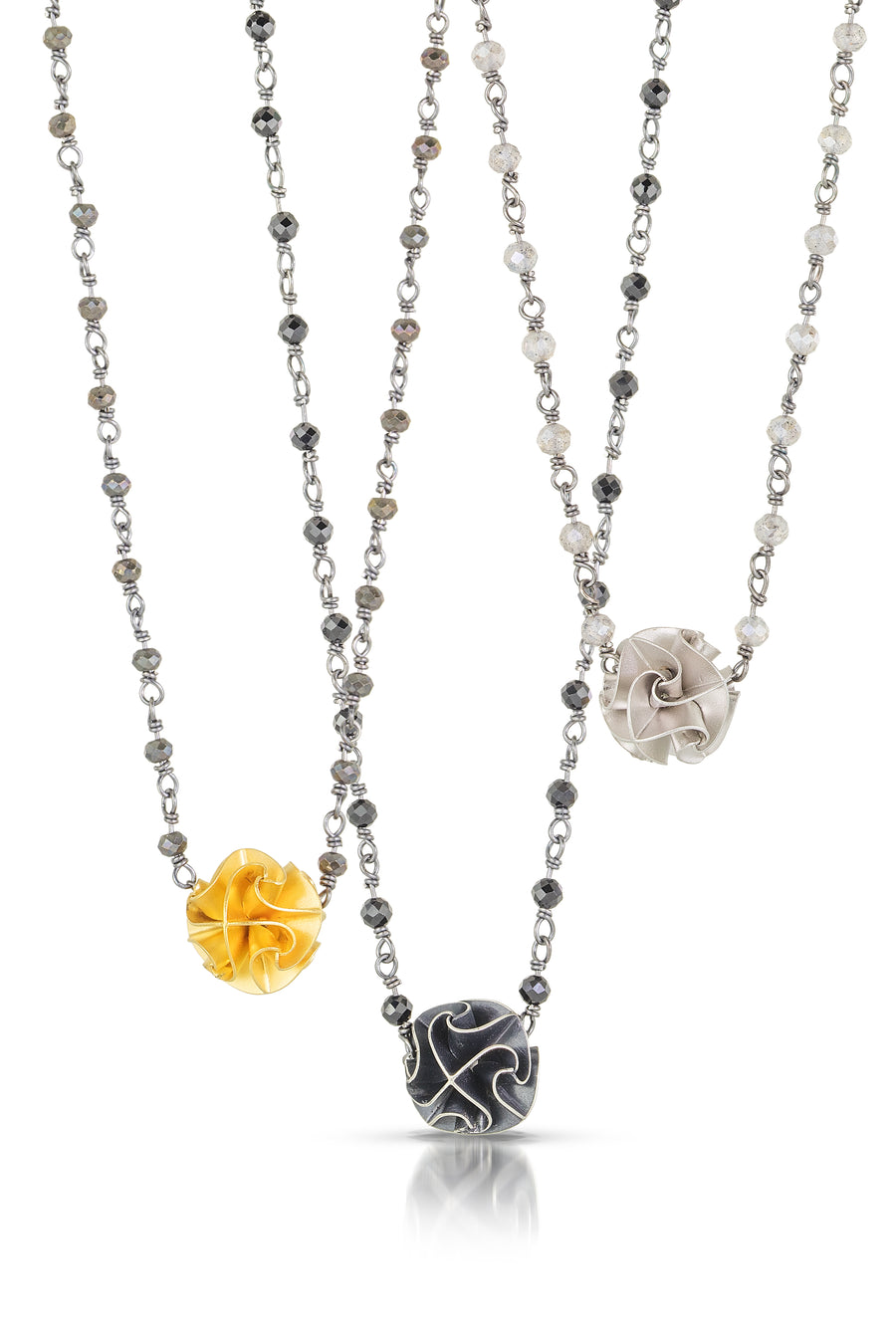 mini flora necklace