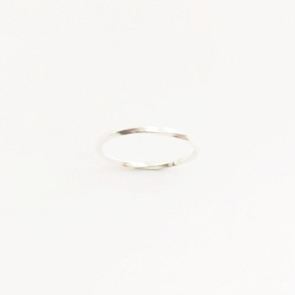 123home | Sterling Silver (925) Thin Twist Ring