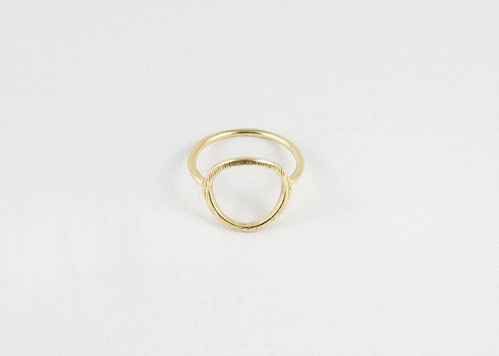 sophari | Open circle ring in 18k gold plated