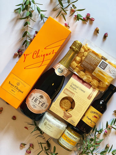 Luxury Champagne and Sparkling Hamper