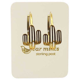 Fabienne - Brushed Heart Disc Hook Earrings - Gold