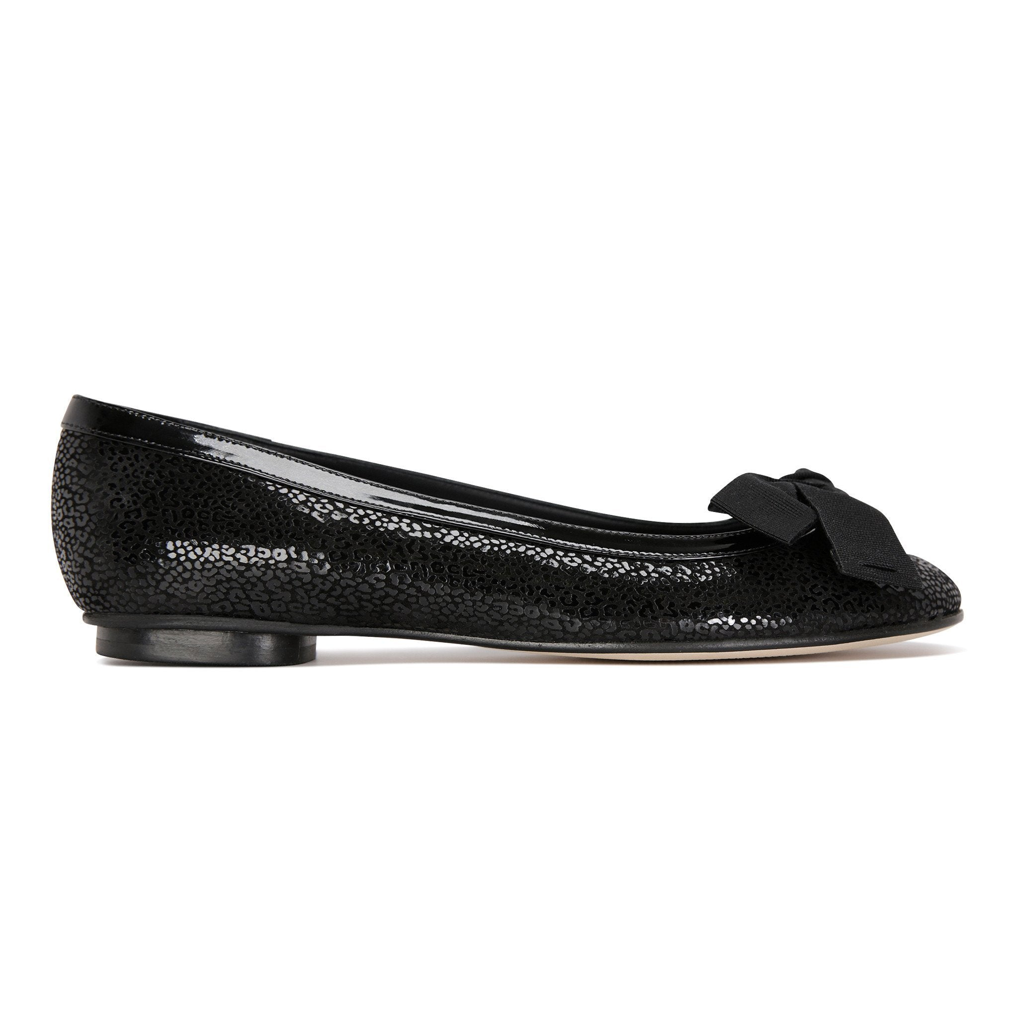 ROMA - Savannah Nero + Patent Trim + Bow, VIAJIYU - Women's Hand Made Sustainable Luxury Shoes. Made in Italy. Made to Order.