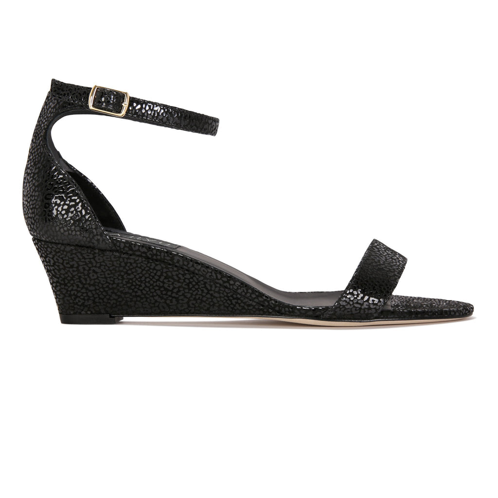SAVONA - Savannah Nero, VIAJIYU - Women's Hand Made Sustainable Luxury Shoes. Made in Italy. Made to Order.