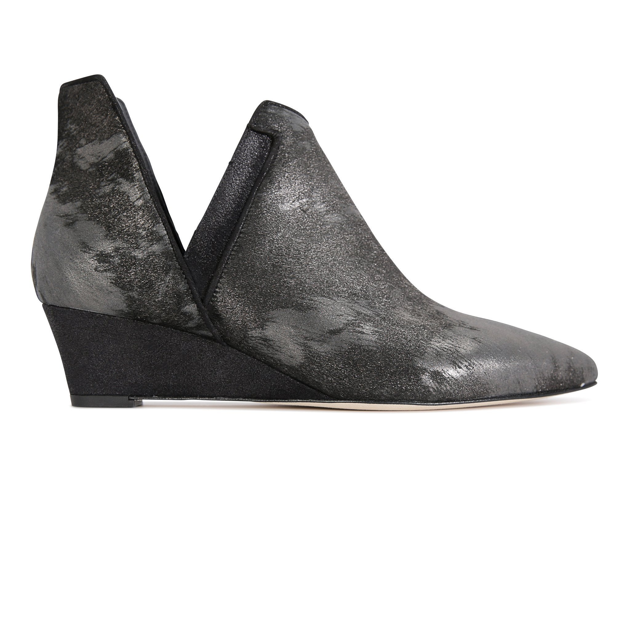 SYRENE - Calf Hair Vintage Nero + Burma Nero, VIAJIYU - Women's Hand Made Sustainable Luxury Shoes. Made in Italy. Made to Order.