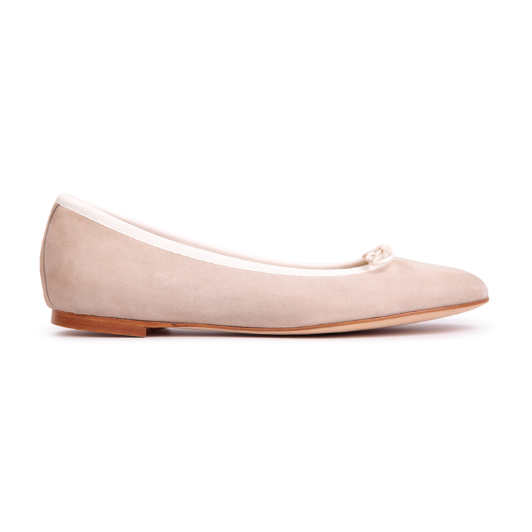 VENEZIA - Velukid Tan + Drawstring Panna Bow, VIAJIYU - Women's Hand Made Sustainable Luxury Shoes. Made in Italy. Made to Order.