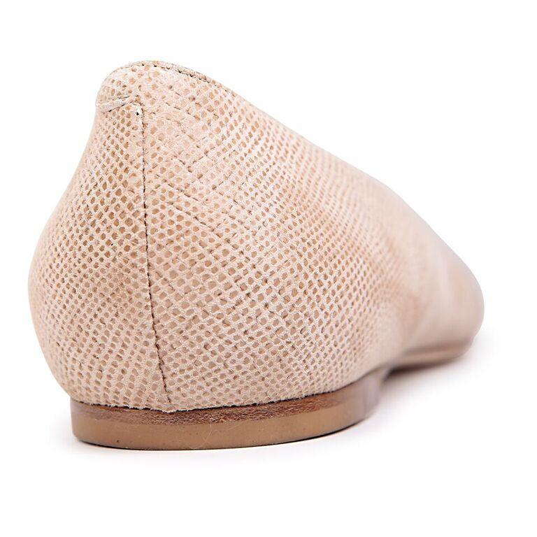 SIENA - Karung Tan, VIAJIYU - Women's Hand Made Sustainable Luxury Shoes. Made in Italy. Made to Order.