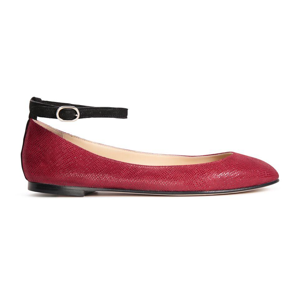 TORINO - Karung Bordeaux + Hydra Nero, VIAJIYU - Women's Hand Made Sustainable Luxury Shoes. Made in Italy. Made to Order.