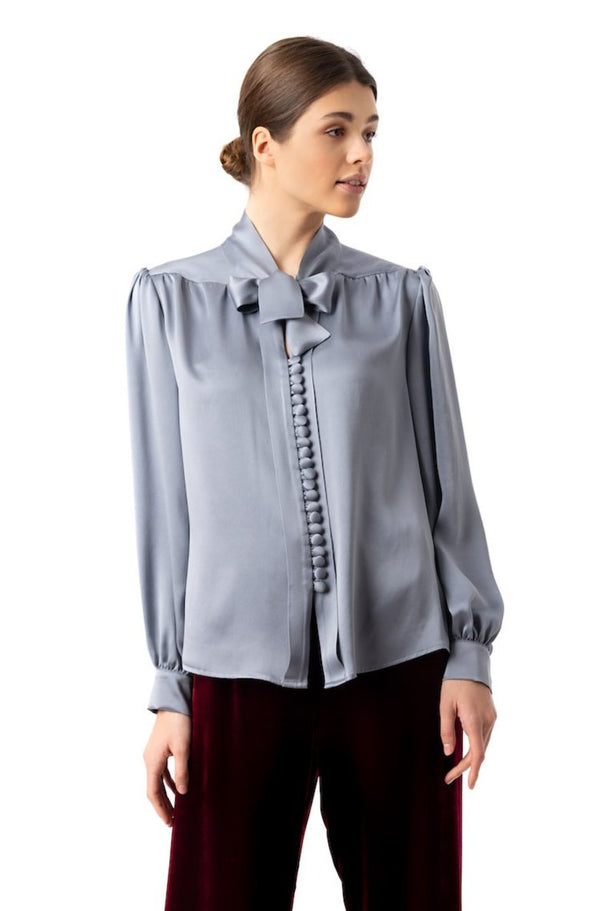 ''Silky Weekend'' Blouse pearl gray - Castlebird Rose