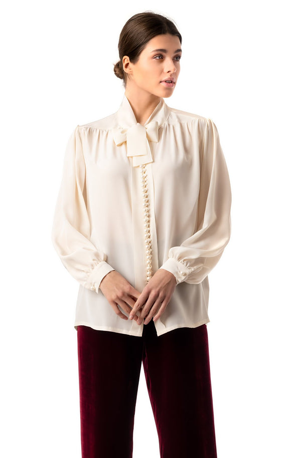 Blouse with pearl buttons cream