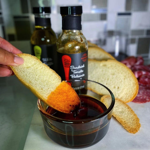 Sun Dried Tomato Balsamic Dipping Oil