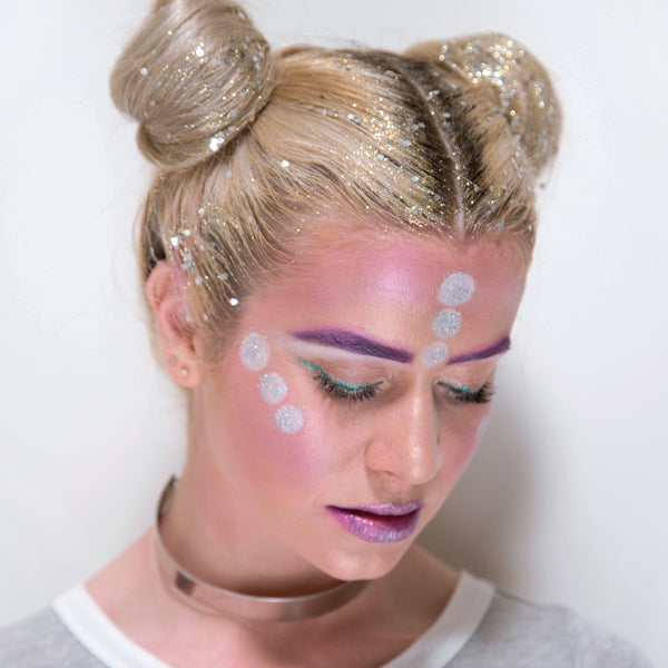 DIY: Glitter Roots + Alien Space Buns Halloween Tutorial