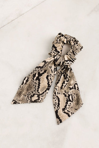 Everly Infinity Scarf - Military Multi
