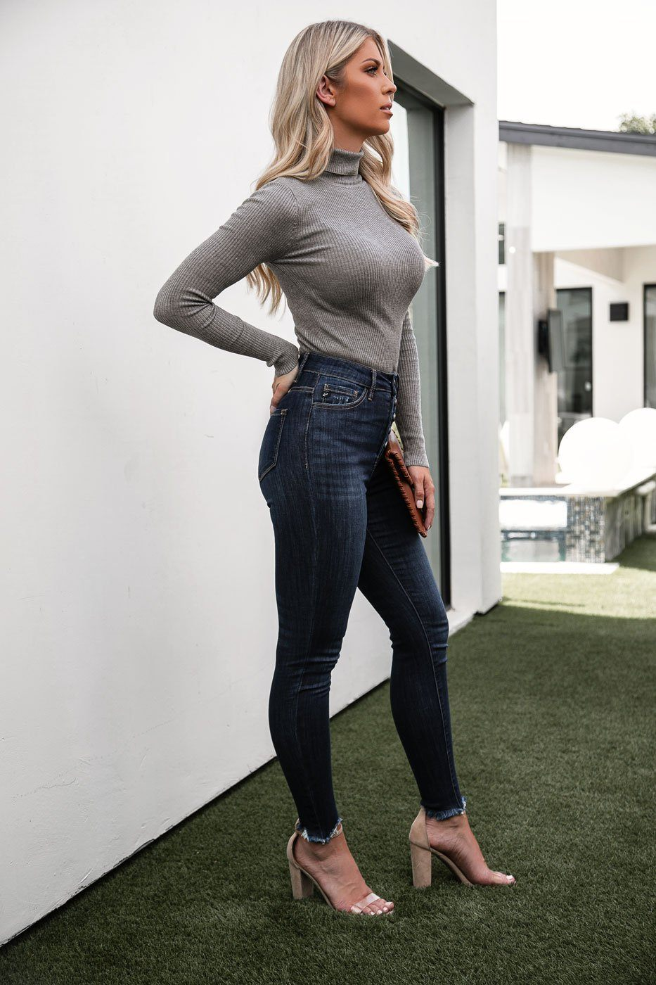 Dark Wash High Waisted Jeans