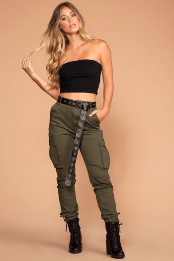 Highwaisted Olive Cargo Pants