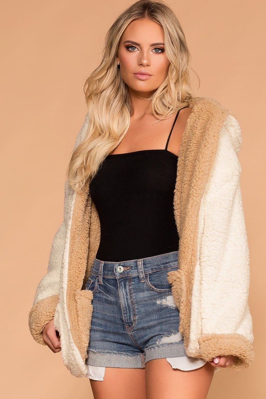 Marshmallow Fluff Taupe Sherpa Jacket by Priceless