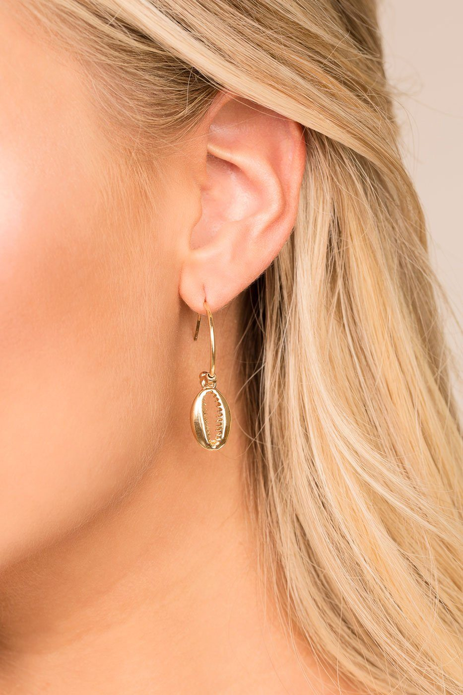 bedb13ce6 Natural Treasures Gold Cowry Shell Hoop Earrings | Fame Accessories