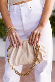 Beige Gold Chain Clamshell Purse