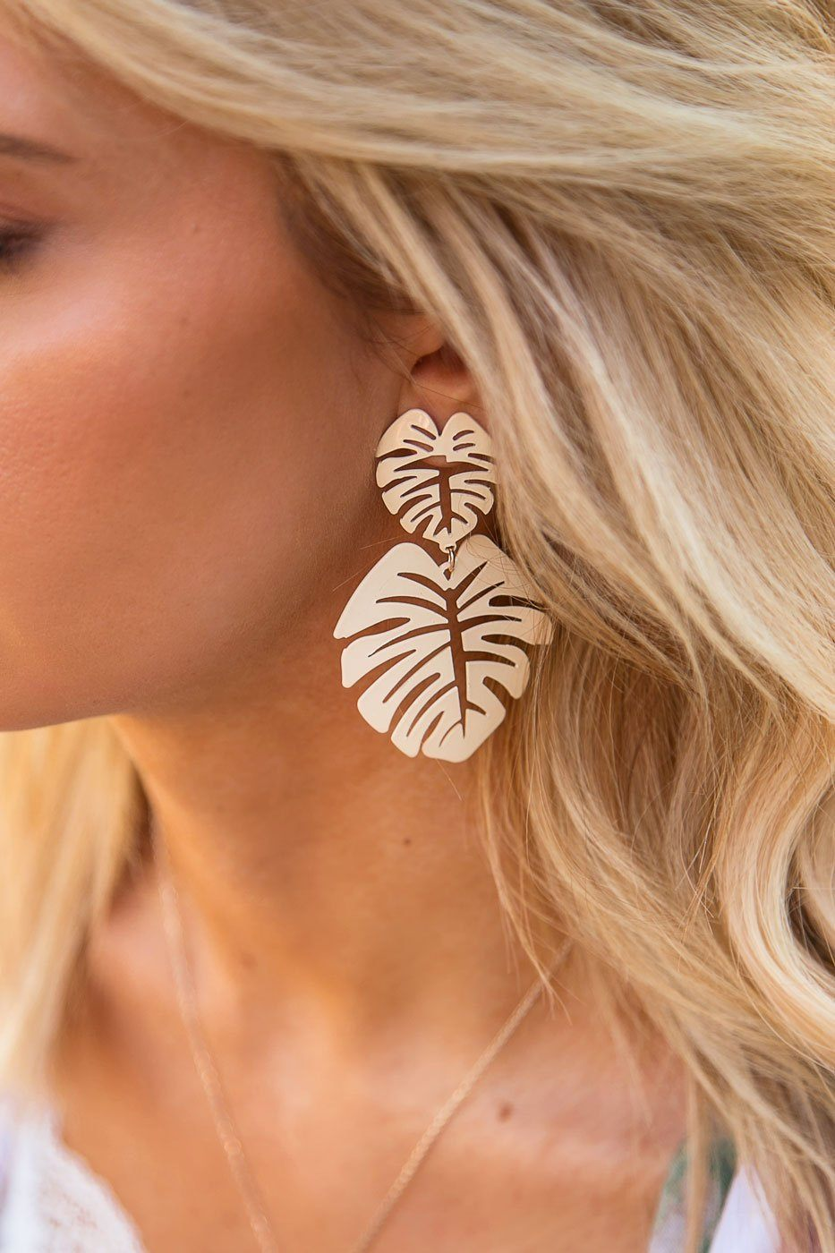 Oasis Ivory Monstera Leaf Earrings | Beautysis