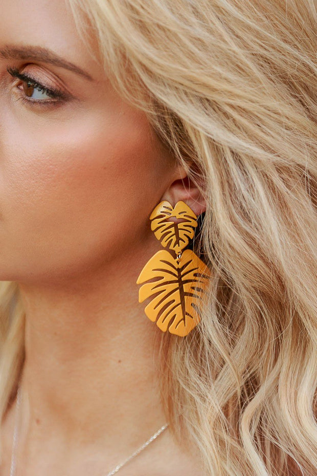 Oasis Mustard Monstera Leaf Earrings | Beautysis
