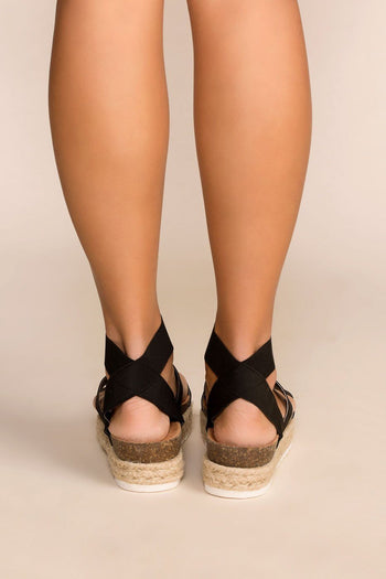Quintin Black Platform Sandals | twin tiger