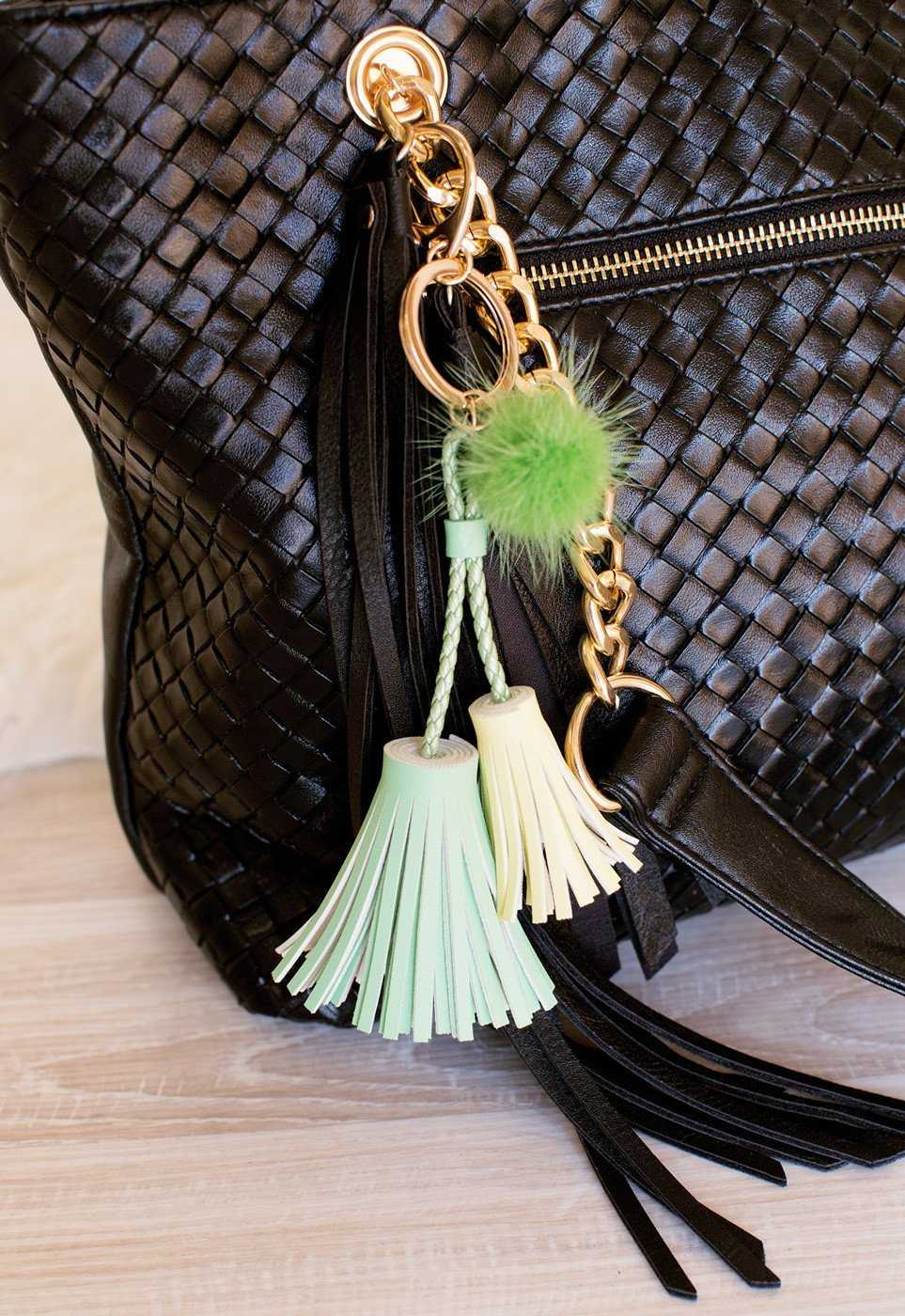 Accessories - Ken Double Tassel Keychain - Mint