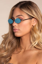 Blue Sunglasses with Round FramesSunglasses