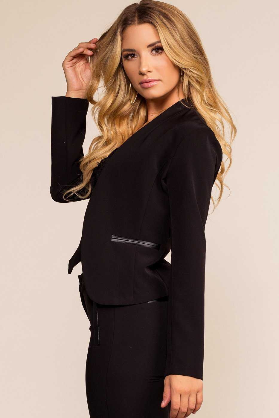 Jackets - Well Suited Blazer
