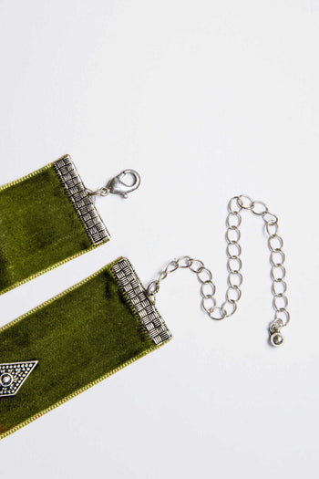 Jewelry - Analeigh Velvet Choker - Olive