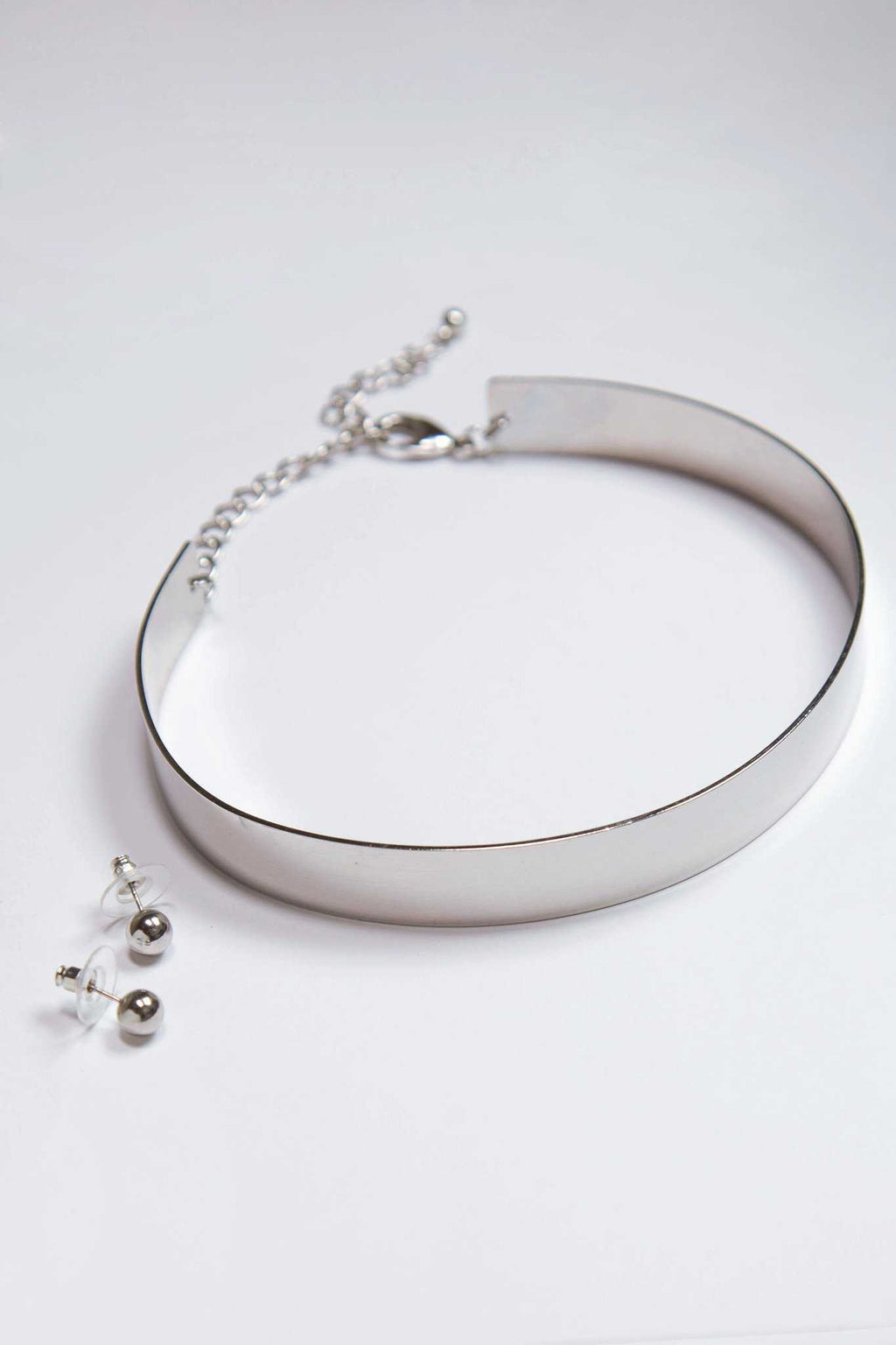 Jewelry - Embrace Metal Choker Set - Silver