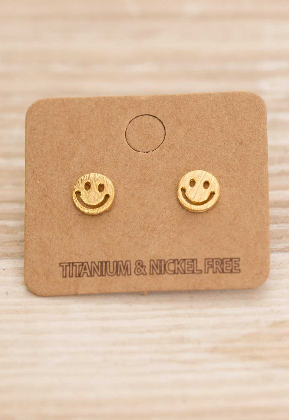Jewelry - Smiley Face Earrings - Gold