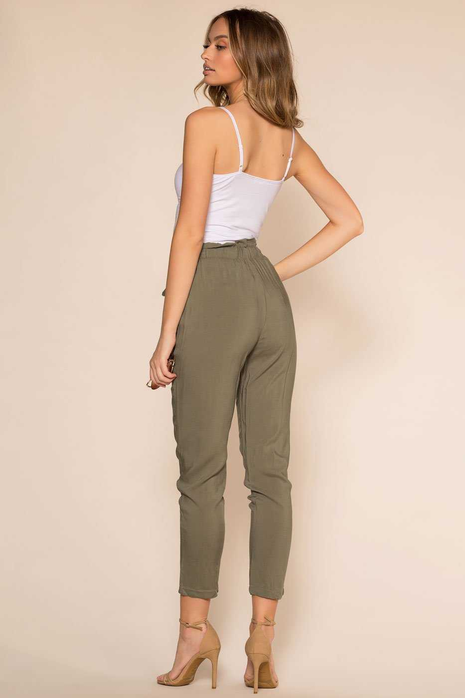 Paperbag Pants in Olive