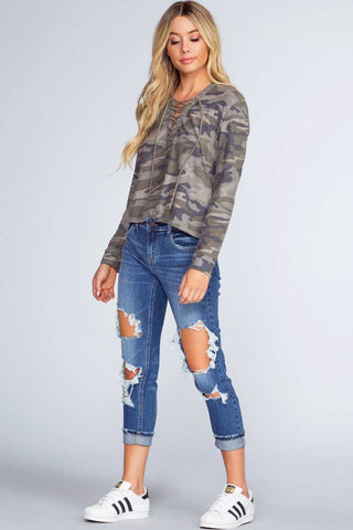 Melina Distressed Jeans - Burgundy