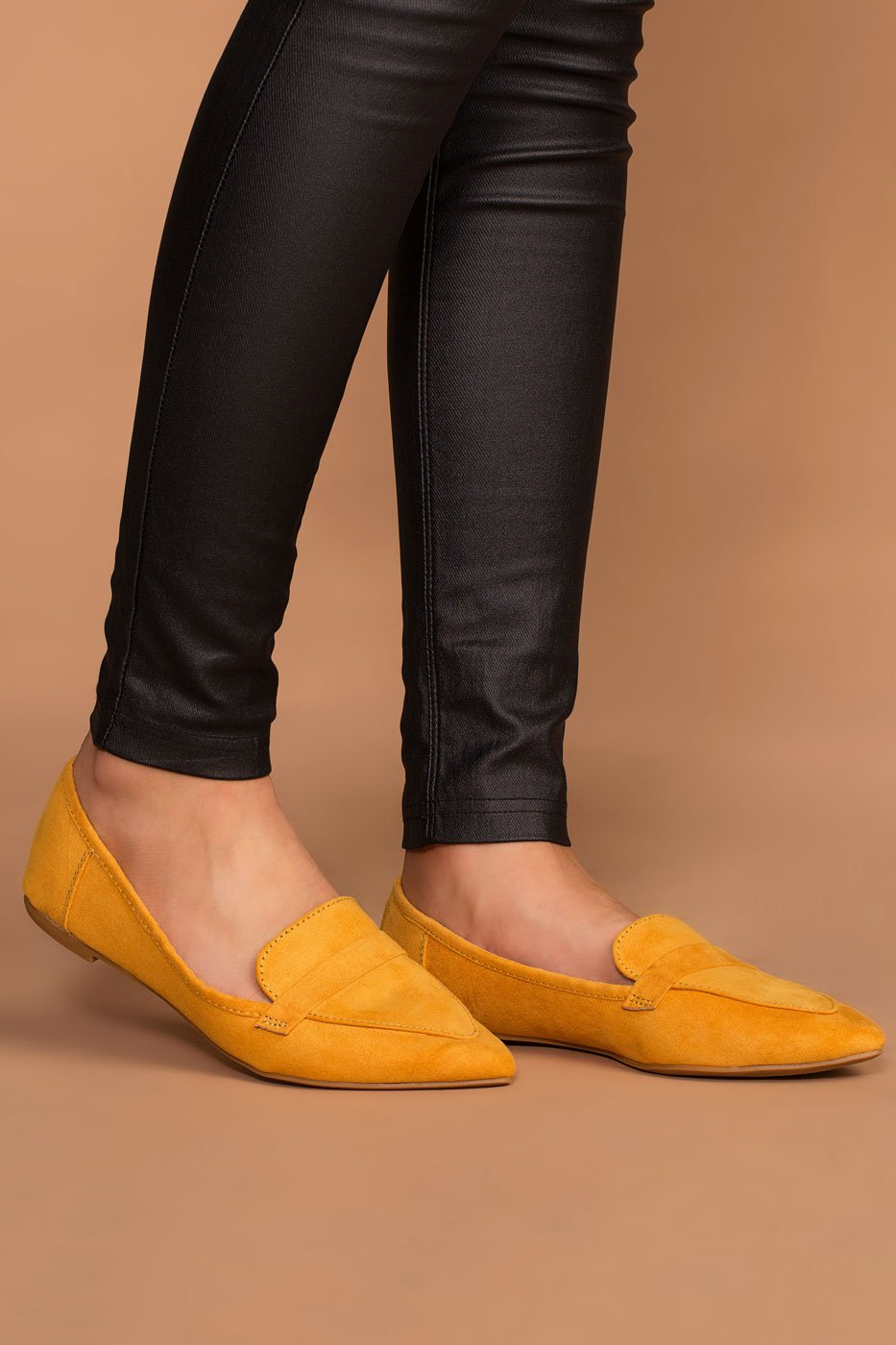 Shoes - Amélie Pointed Loafers - Marigold