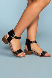 Shoes - Carli Sandals - Black