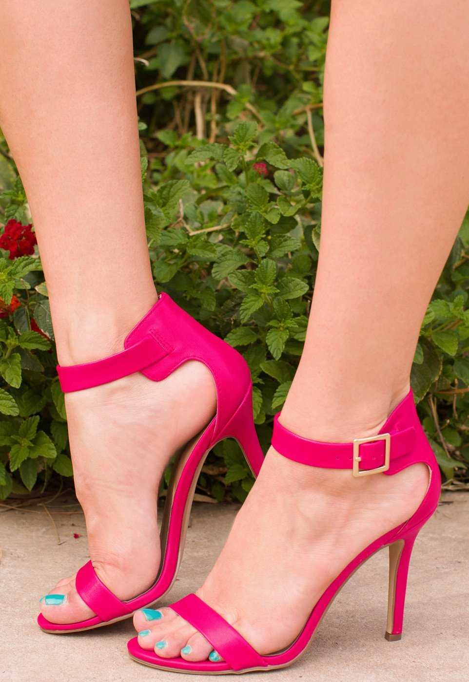 Shoes - Giovanna Heels - Fuchsia