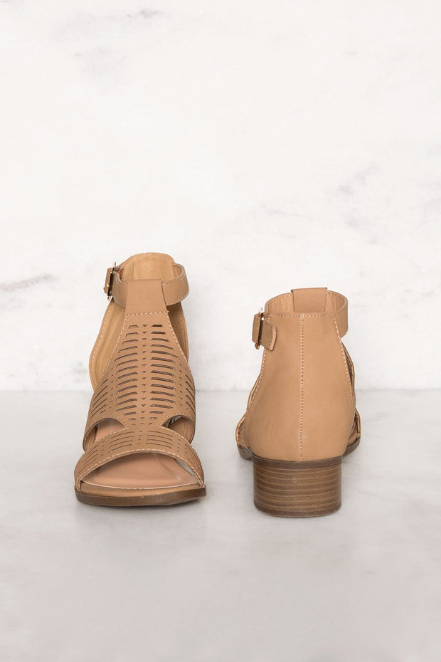 Shoes - Jilian Low Block Heel Sandals - Tan